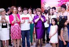 Первая леди Армении Рита Саргсян приняла участие в презентации видеоролика с одой фонду «Подари жизнь»