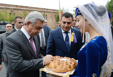 President takes part in events dedicated to Echmiadzin's Day and opening of Khoren and Shushanik Educational Complex
