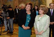 Первая леди Армении Рита Саргсян и Первая леди Польши Анна Коморовская присутствовали на открытии выставки работ художника Теодора Аксентовича