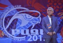 Президент в Гегаркуникской и Котайкской областях погостил у участников молодежных лагерей