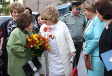 Рита Саргсян присутствовала на церемонии присвоения имени Геворга Варданяна 192-й основной школе столицы