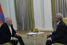 Саргсян: национальная идея - сильное государство без проблем с Баку и Анкарой