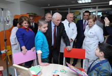 Rita Sargsyan together with Doctor Leonid Roshal visited the Hematological Center