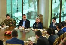 Հանրապետության Նախագահը հանդիպում է ունեցել զորացրված զինծառայողների հետ