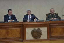 Նախագահը հանդիպում է ունեցել ՀՀ ԶՈՒ ղեկավար կազմի օպերատիվ հավաքի մասնակիցների հետ
