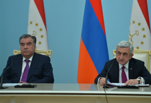 Президент Серж Саргсян и Президент Таджикистана Эмомали Рахмон на встрече со СМИ подвели итоги переговоров