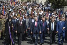 В Степанакерте президенты Армении и НКР приняли участие в торжествах к 26-летию независимости Арцаха