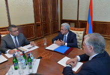 President holds consultation on Armenian-Czech, Armenian-Slovak economic cooperation agenda