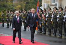 Official welcoming ceremony for Moldova President held at Presidential Palace