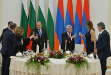 Ի պատիվ Բուլղարիայի նախագահ Ռումեն Ռադևի՝ Նախագահ Սերժ Սարգսյանի անունից տրվել է պետական ճաշ
