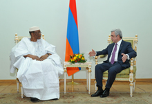 Newly appointed Mali Ambassador hands credentials to RA President