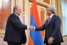 Հանրապետության Նախագահը հանդիպում է ունեցել ՀՀԿ-ի կողմից նախագահի թեկնածու առաջադրված Արմեն Սարգսյանի հետ