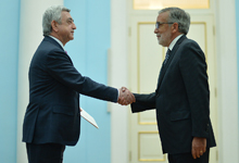 Newly appointed Chile Ambassador hands credentials to RA President