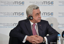 На Мюнхенской конференции по безопасности Президент ответил на вопросы участников обсуждения