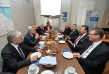 President meets with the leaders of a number of leading companies of Bavaria in Munich
