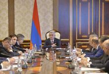 Նախագահը խորհրդակցություն է անցկացրել հանրապետության սոցիալ-տնտեսական քաղաքականության պատասխանատուների հետ