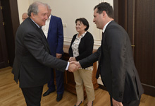 President Sarkissian met with former employees of Nairit plant