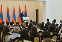President received students of the AGBU Manoogian-Demirdjian School