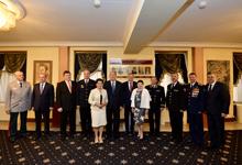 Նախագահը Ռուսաստանի պետական տոնի առթիվ այցելել է Հայաստանում Ռուսաստանի դեսպանատուն
