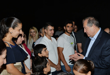 Amateur stargazing was organized on the Presidential Palace premise