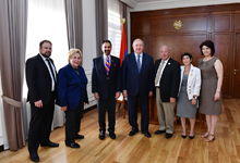 Президент Армен Саркисян принял руководителей организации «Рыцари Вардана»
