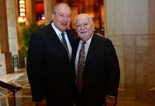Արմեն Սարգսյանը հանդիպել է  Նյու Յորքի «Կարնեգի» հիմնադրամի նախագահ Վարդան Գրեգորյանի հետ