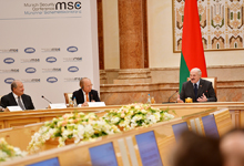 President participated at the Round Table discussions on the East-West relations