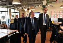 Президент Армен Саркисян посетил цифровую фабрику компании «THALES»