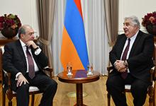 President Armen Sarkissian received the Chairman of the Armenian Red Cross Society Mkhitar Mnatsakanian