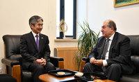 Ճապոնիայի Ազգային տոնի առթիվ նախագահ Սարգսյանն այցելել է Հայաստանում Ճապոնիայի դեսպանատուն