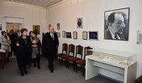 Նախագահ Սարգսյանը Գյումրիում այցելել է Մհեր Մկրտչյանի և Ավետիք Իսահակյանի տուն-թանգարաններ