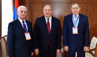 Президент Саркисян принял руководителей наблюдательской миссии СНГ
