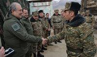 Նախագահ Արմեն Սարգսյանն այցելել է ՀՀ զինված ուժերի մարտական հենակետեր