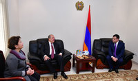 President Armen Sarkissian visited the Embassy of Armenia in the UAE