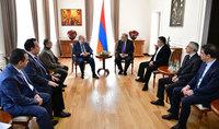 Նախագահ Սարգսյանը հանդիպել է ՀՅԴ բյուրոյի նորընտիր անդամների հետ