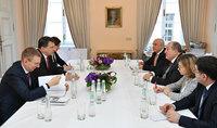 Հայաստանը և Լատվիան կարող են միմյանց օգնել և միմյանցից սովորել. նախագահ Սարգսյանը հանդիպել է Լատվիայի նախագահի հետ