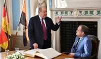 Президент Армен Саркисян прибыл в ФРГ. Состоялась встреча с мэром Гейдельберга.