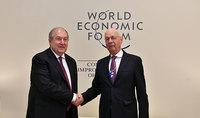 Հաջող մեկնարկը փոխգործակցության նոր հնարավորություններ կբացի. նախագահը հանդիպել է  Համաշխարհային տնտեսական ֆորումի հիմնադիր Կլաուս Շվաբի հետ