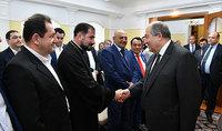 Մեր ուժը մեր միասնական լինելու մեջ է. նախագահ Արմեն Սարգսյանը Նուր-Սուլթանում հանդիպել է հայ համայնքի հետ