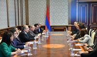 Ֆրանսիան Հայաստանի և հայ ժողովրդի համար առանձնահատուկ երկիր է. նախագահն ընդունել է Բուշ դյու Ռոնի պատվիրակությանը