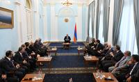«Միասնություն՝ սպորտով». նախագահ Արմեն Սարգսյանն ընդունել է Համահայկական խաղերի համաշխարհային կոմիտեի պատվիրակությանը
