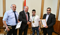President Armen Sarkissian hosted the winner of the Paratriathlon World Championship Gevork Afrikian: I am confident you will conquer new heights