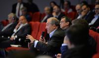 Тематические дискуссии в рамках «Armenian Summit of Minds»