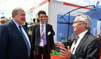 Նախագահ Արմեն Սարգսյանը Լը Բուրժեում այցելել է ֆրանսիական Safran ավիատիեզերական ընկերության տաղավար