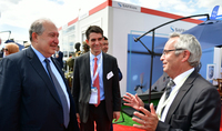 President Sarkissian in Le Bourget visited the pavilion of the French Safran airspace company