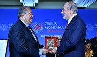 Crans Montana  ֆորումն իր յուրահատուկ դերակատարումն է ունենալու վաղը, երբ ապագան ավելի մոտ կլինի. Հայաստանի նախագահ Արմեն Սարգսյանն արժանացել է  ֆորումի «PRIX DE LA FONDATION 2019» մրցանակին
