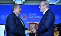 Форум Crans Montana будет играть свою особую роль завтра, когда будущее станет ближе – Президент Республики Армен Саркисян удостоен премии «PRIX DE LA FONDATION 2019»