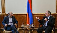 Հանրապետության նախագահ Արմեն Սարգսյանն այսօր  հանդիպել է «Այլընտրանքային նախագծեր» խմբի անդամների հետ