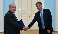 Newly appointed Ambassador of Israel presented his credentials to Armen Sarkissian