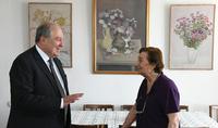 «Я очень люблю работы Акопа», - Президент Армен Саркисян посетил квартиру-мастерскую Народного художника Армении Акопа Акопяна